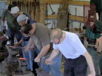 april2010-basic-forging_0009