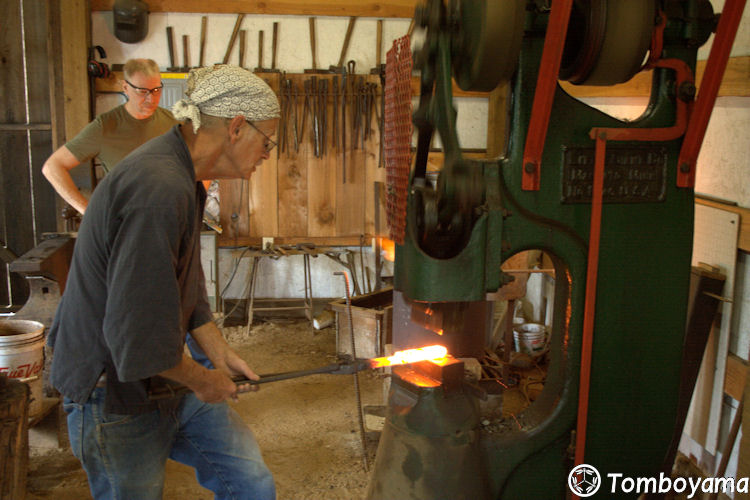 September_2011_Intermediate_Forging_003