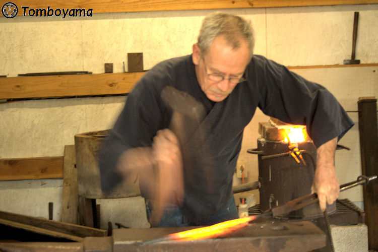 Tomboyama_-_March_2011_Basic_Forging_Course_002