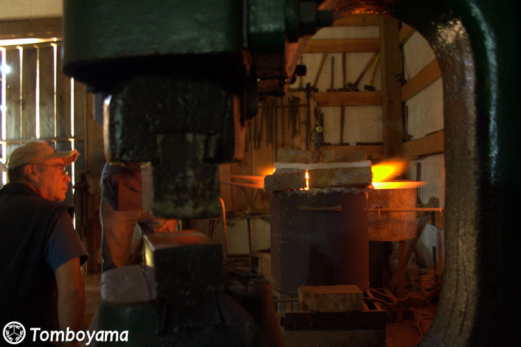 Tomboyama_August_2011_Basic_Forging_Course_038
