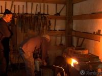 Tomboyama_-_May_2011_Basic_Forging_Course_021